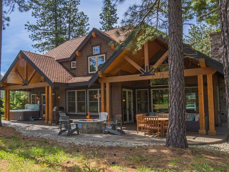 Up to 33% OFF! Must See Suncadia Retreat! 3 Masters * Hot Tub * Game Room, location de vacances à Cle Elum