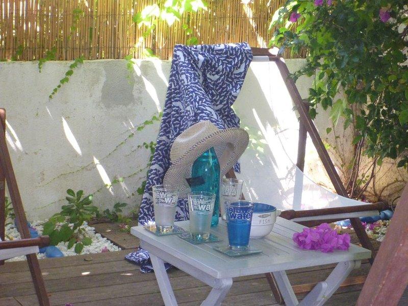 Au coeur de Calvi, Maison de charme, Jardin, à 150 mètres d'une petite plage. – semesterbostad i Calvi
