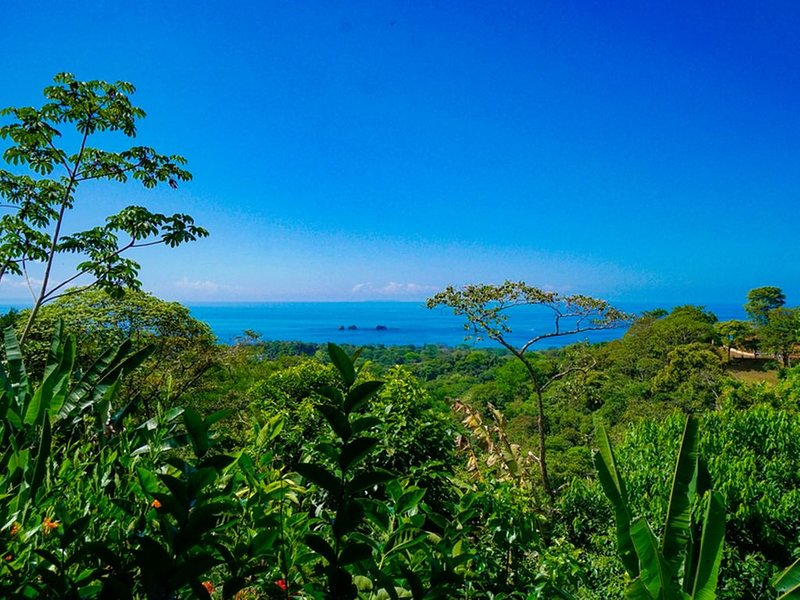Njut av panoramautsikt över havet från vår Casita
