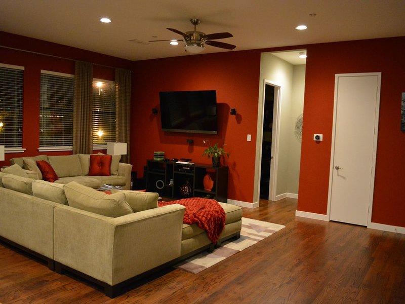 Luxury Townhome! Amazing View!, location de vacances à Dallas