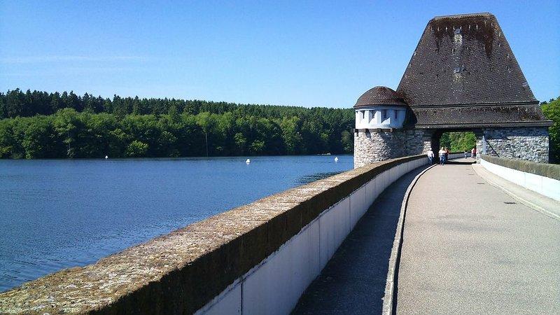 Die Möhnesee-Talsperre...immer eine Reise wert. Sommerferien nun buchen!, alquiler de vacaciones en Soest