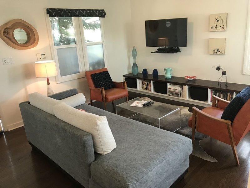 Centrally Located in the Culver City Gallery & Arts District, alquiler de vacaciones en Culver City