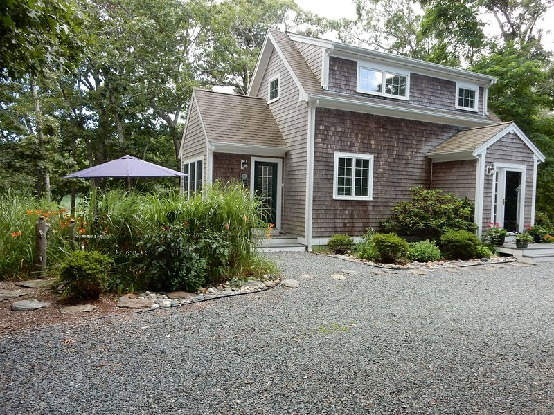 Beautiful 2 Bdrm adjacent to the Wellfleet Wildlife Sanctuary, location de vacances à Wellfleet