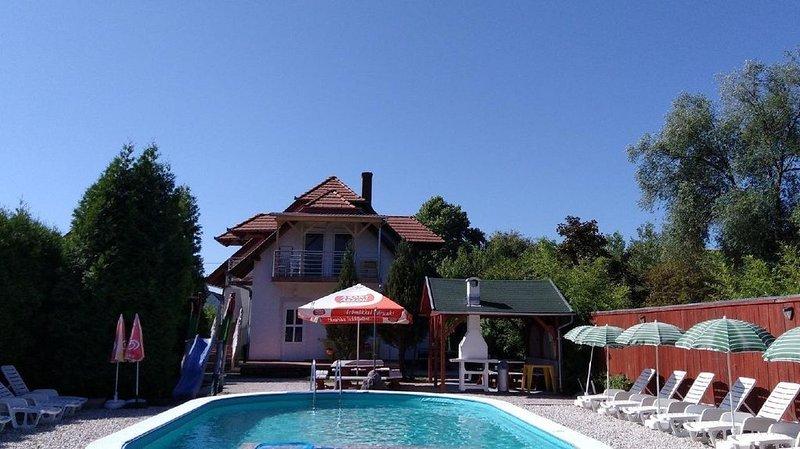 Ferienwohnung Balatonmáriafürdõ für 1 - 6 Personen - Ferienwohnung, holiday rental in Balatonmariafurdo