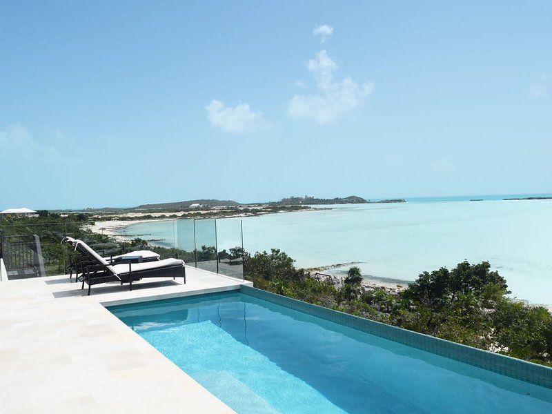 Brand New Modern Beachfront 3bdrm/3bath with pool and incredible view!!, holiday rental in Providenciales