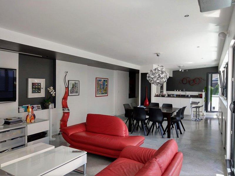 Maison d'architecte centre de Rouen avec Sauna & Spa, holiday rental in Le Grand-Quevilly