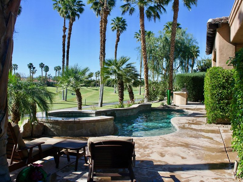 Pool Home in PGA WEST, Sunshine All Day 4th hole Nicklaus Tournament Course, holiday rental in La Quinta