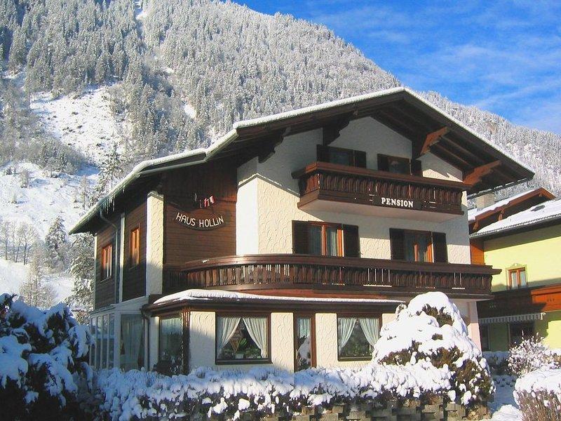 Detached holiday home near Zell am See and Kaprun., casa vacanza a Fusch