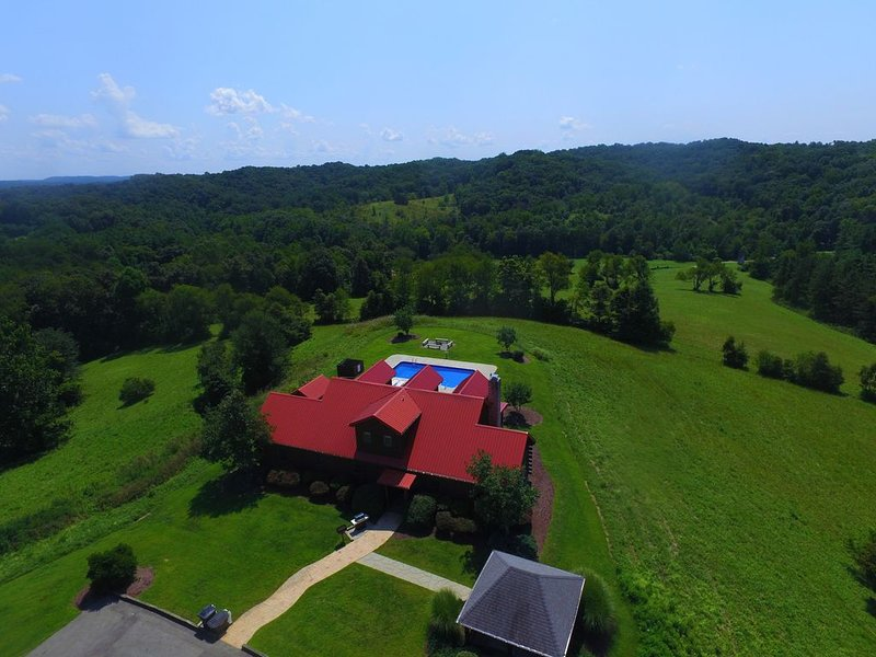 Big Sky Lodge - Hocking Hills, location de vacances à Haydenville