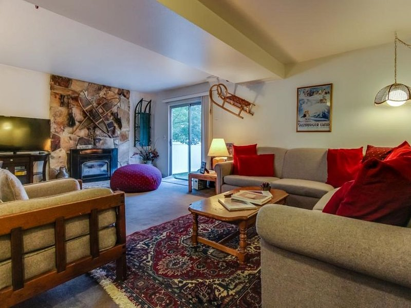 Furnished Townhouse Minutes toAltaSnowbird Brighton Located at Base of Mountains, alquiler vacacional en Cottonwood Heights