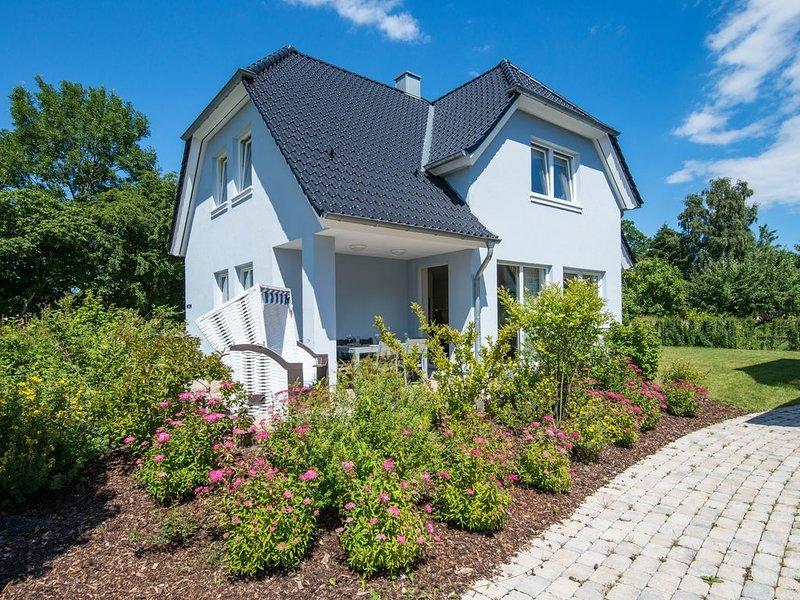 Michel - Familienferienhaus, WLAN frei, Sauna, Kamin, 8 Personen – semesterbostad i Puttgarden