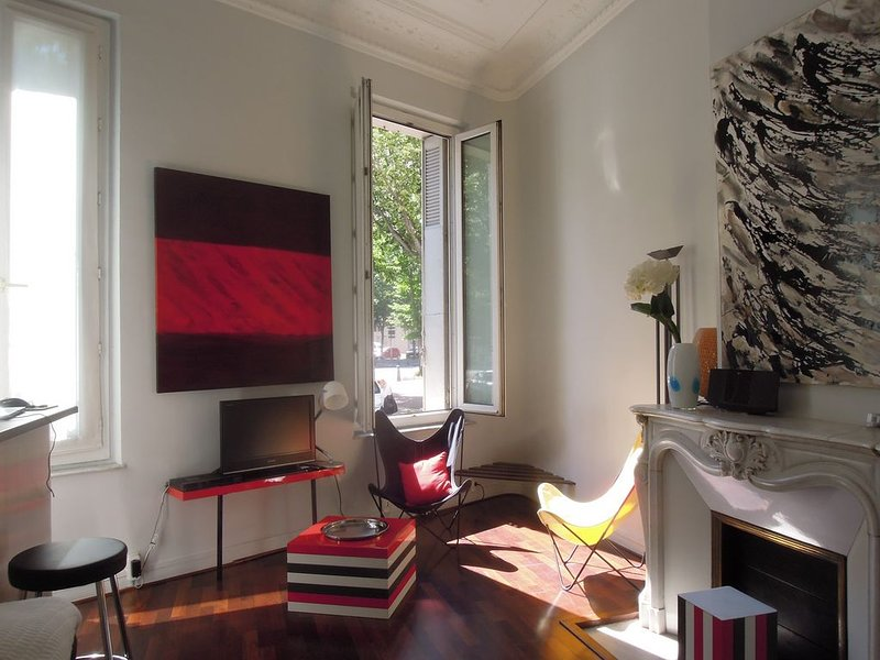 STUDIO CENTRE MARSEILLE IDEAL POUR SEJOUR PROFESSIONNEL OU TOURISTIQUE, alquiler vacacional en Marsella