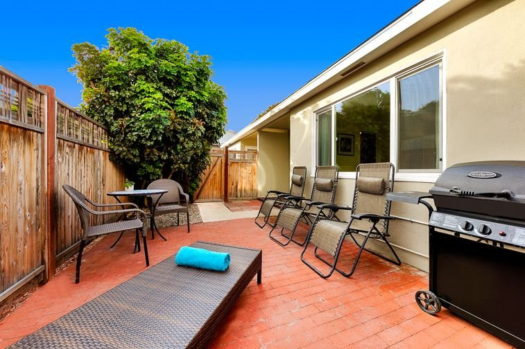 20% OFF JULY - Charming Beach Cottage w/ Private Patio + Steps to Sand, holiday rental in San Diego