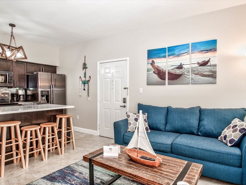 Fully Renovated Condo At Avalon Clearwater, vacation rental in Clearwater