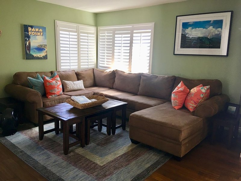 Comfortably appointed AND steps from the beach!!!, holiday rental in Dana Point