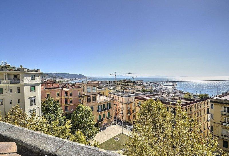 Suite Hermes, rimborso completo con voucher*: Un elegante e moderno monolocale s, holiday rental in Salerno