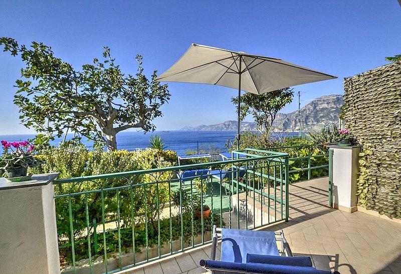 Casa Guglielmina: Un caratteristico appartamento che copre l'intero piano terra, vacation rental in Praiano