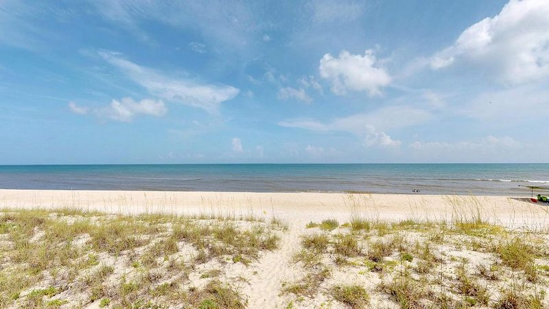 Beachfront Gulf View