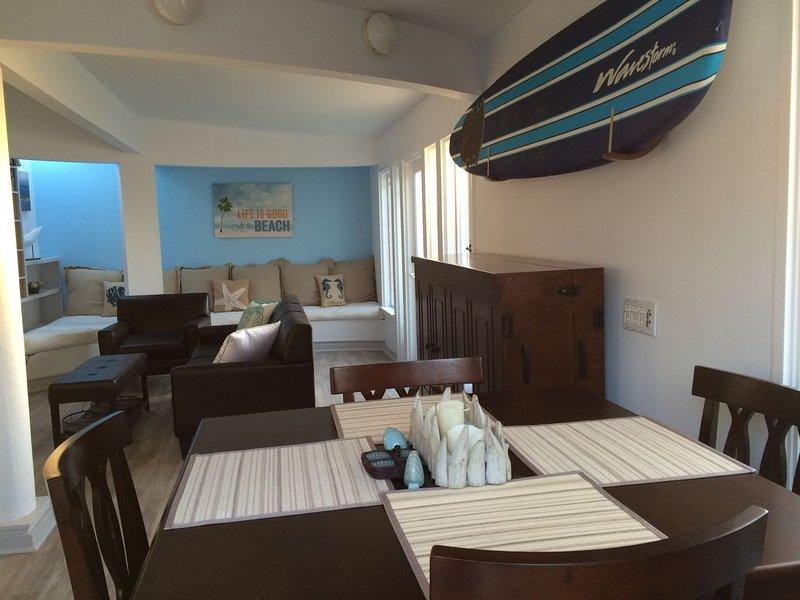 Santa Monica Beach House:  walk to beach, restaurants and bars – semesterbostad i Santa Monica