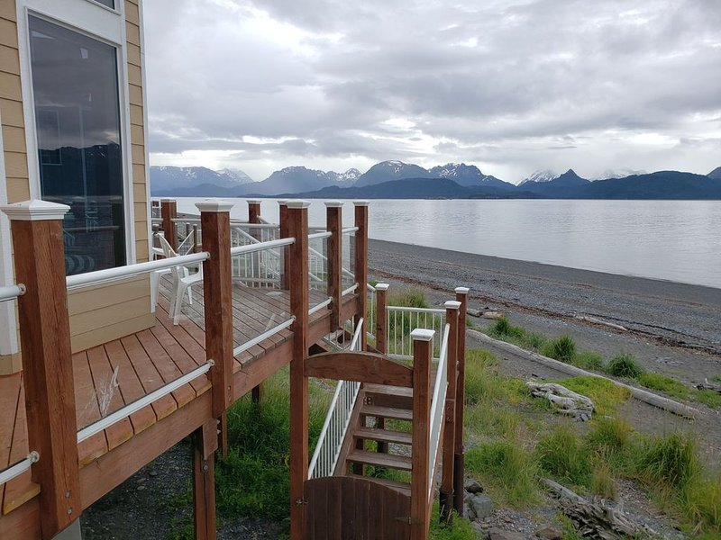 Private Waterfront Town Home, 3 bedrooms, 3 bathrooms, sleeps 6, location de vacances à Homer