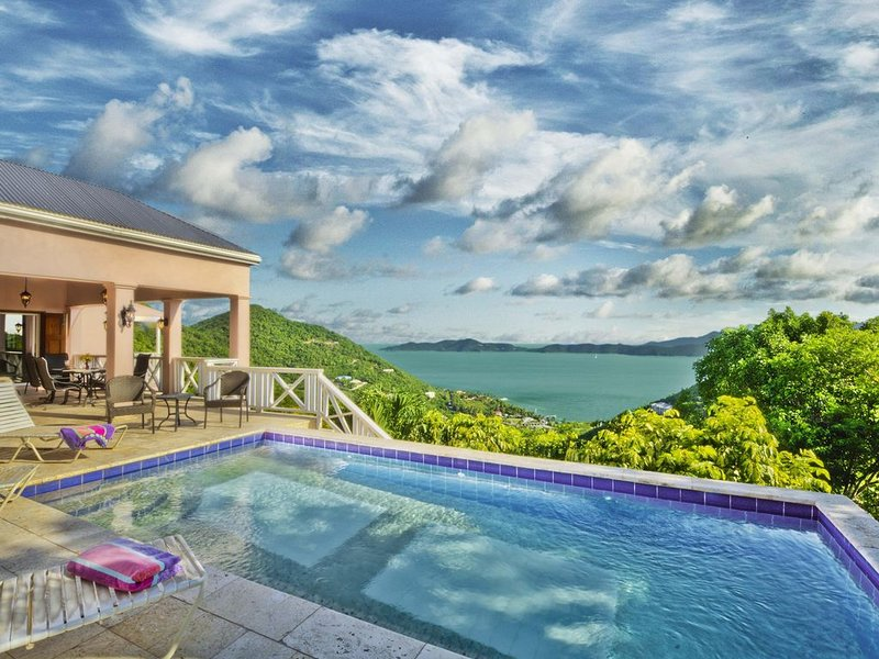 Luxurious & comfortable, 3 AC bedRms, 3.5 Baths. NEW REDUCED RATES FOR GROUPS, vacation rental in British Virgin Islands