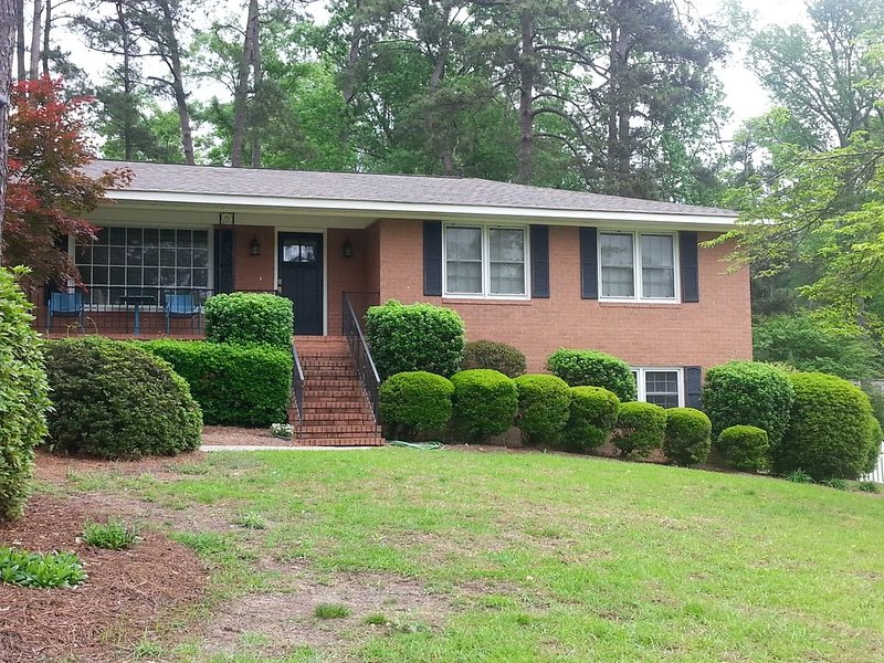 2020 MASTERS WEEK Great entertaining home only 6 miles from Masters, vacation rental in North Augusta