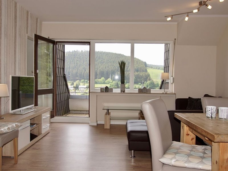 Of course, living - sleeping Relaxing! Between Hillebachsee, mountains and Hoch, aluguéis de temporada em Winterberg