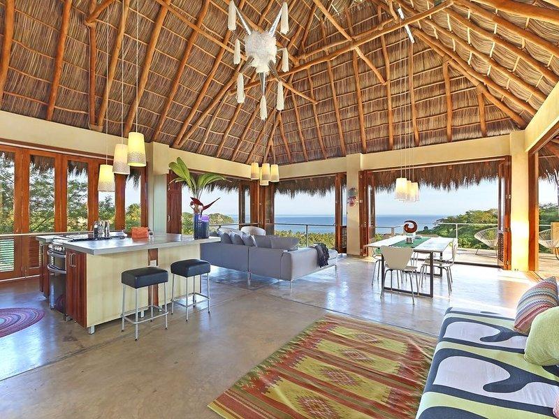 3 Bedroom, 3 Bath, Spectacular Ocean Views, 40 foot pool, alquiler de vacaciones en Sayulita
