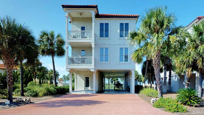 FREE BEACH GEAR! East End Beach View, Elevator, Wi-Fi, 5BR/5.5BA 'Over The Rainb, vacation rental in Carrabelle