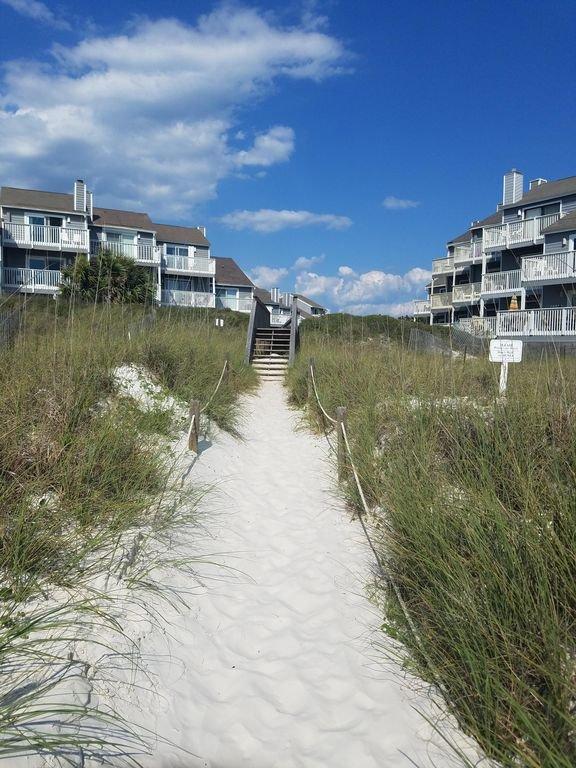120 steps to the beach