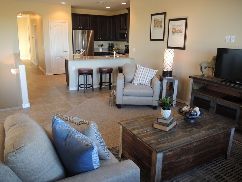 Beautiful Gated Community Located in East Mesa Conveniently Located, vacation rental in Mesa