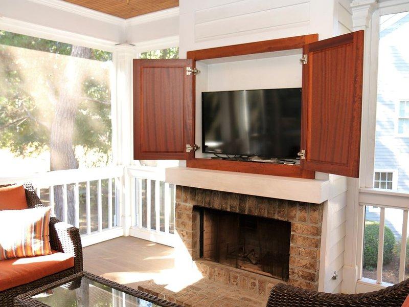 Quaint Reynolds Golf Cottage on Lake Oconee~Near Marina, Walking Trails, holiday rental in Greensboro