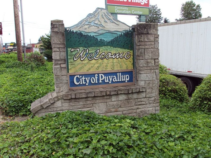 Puyallup: antique stores, parks, and small-town atmosphere.