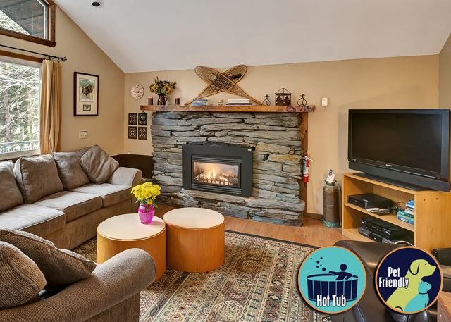 Private Chalet located in the heart of Killington Dean Hill, alquiler vacacional en Barnard