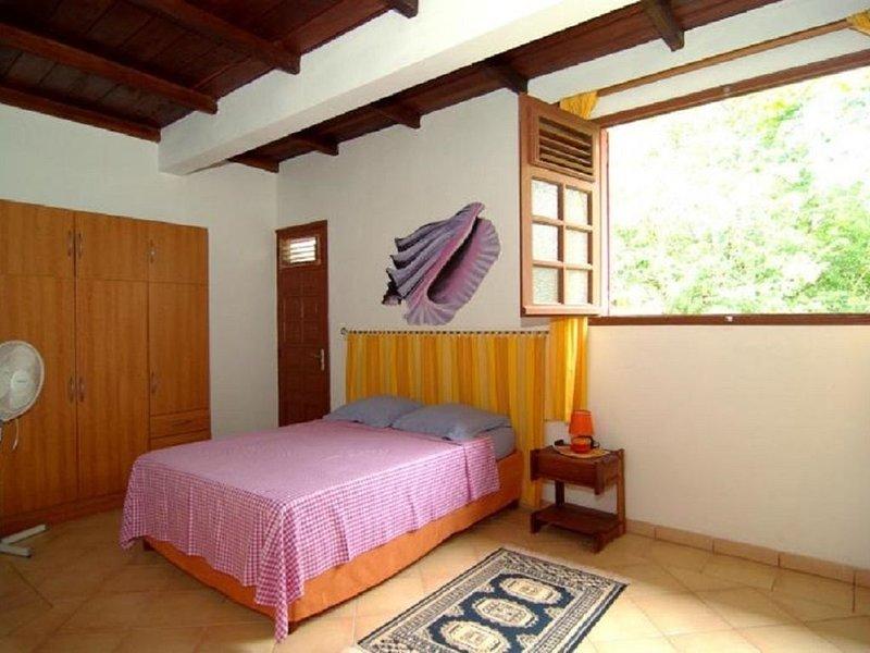 Nice apartment with garden & Wifi, location de vacances à Le Robert