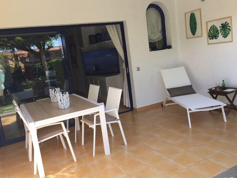 Villa en Meloneras vistas al mar y piscina, Wifi gratis!!!, holiday rental in Meloneras