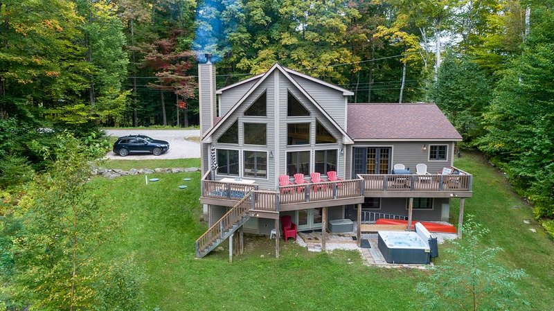 'Ridge Chalet', A-Frame Five BR Home, location de vacances à Killington