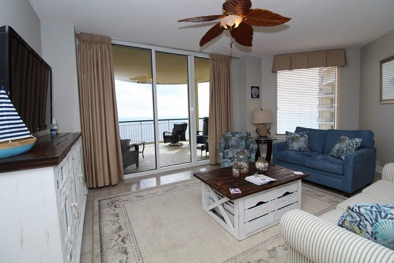 Fabulous Beach Colony Penthouse on Gulf- Incredible Beach Views!, holiday rental in Perdido Key