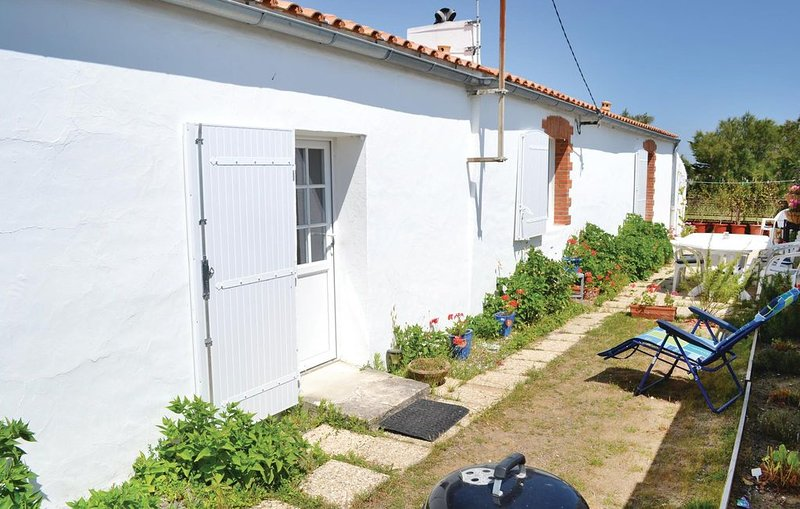 2 bedroom accommodation in St. Hilaire de Riez, holiday rental in Saint-Hilaire-de-Riez