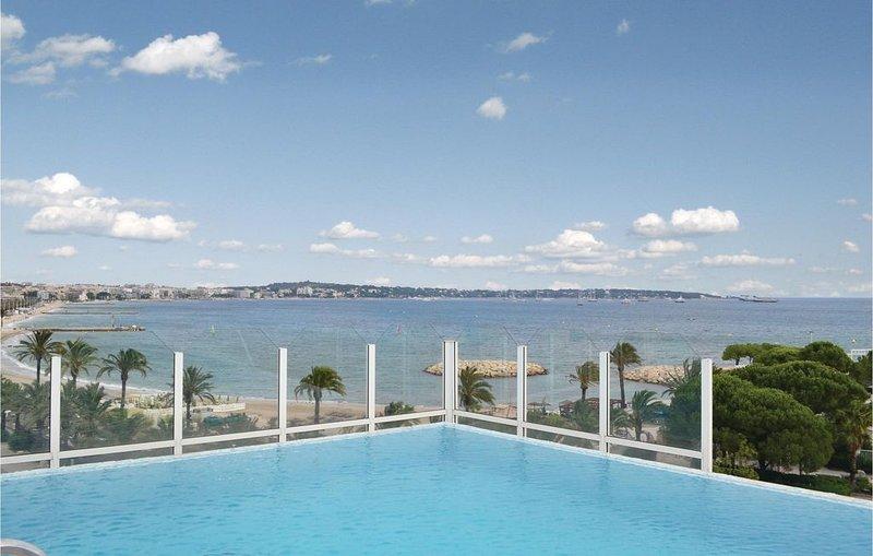 1 bedroom accommodation in Golfe-Juan, vacation rental in Golfe-Juan Vallauris