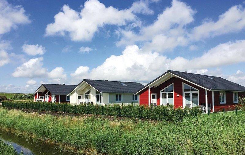 2 bedroom accommodation in Dagebüll, location de vacances à Dagebull