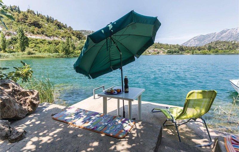 2 bedroom accommodation in Bacina, holiday rental in Bacina