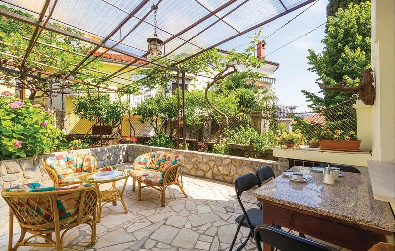 2 bedroom accommodation in Opatija, alquiler vacacional en Opatija