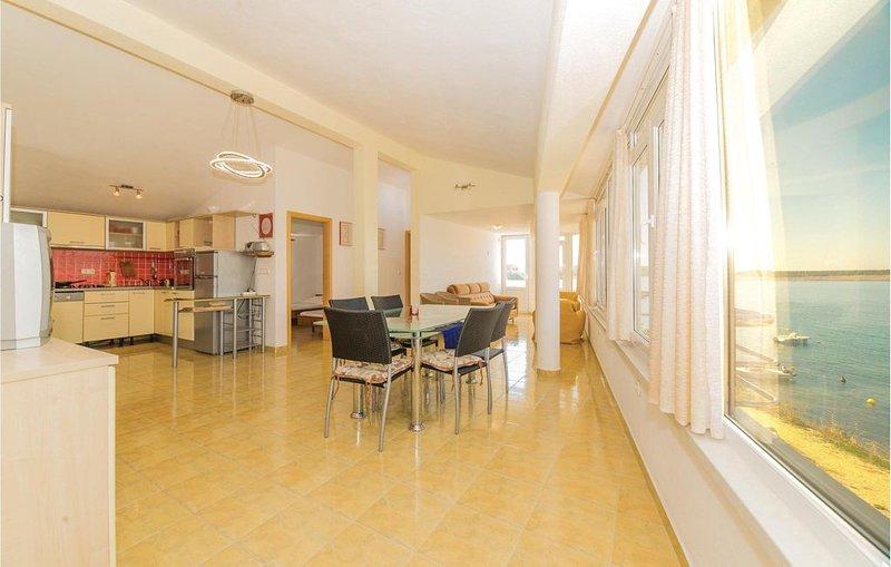 2 bedroom accommodation in Povljana, vacation rental in Povljana