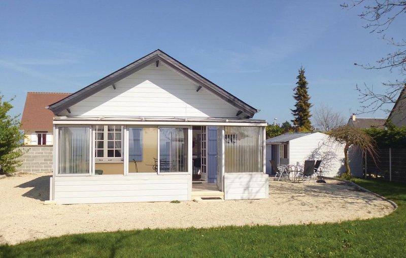 1 bedroom accommodation in Bernieres-Sur-Mer, alquiler de vacaciones en Bernieres-sur-Mer