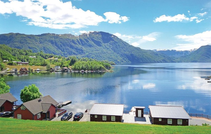 2 bedroom accommodation in Åkra, holiday rental in Vindafjord Municipality
