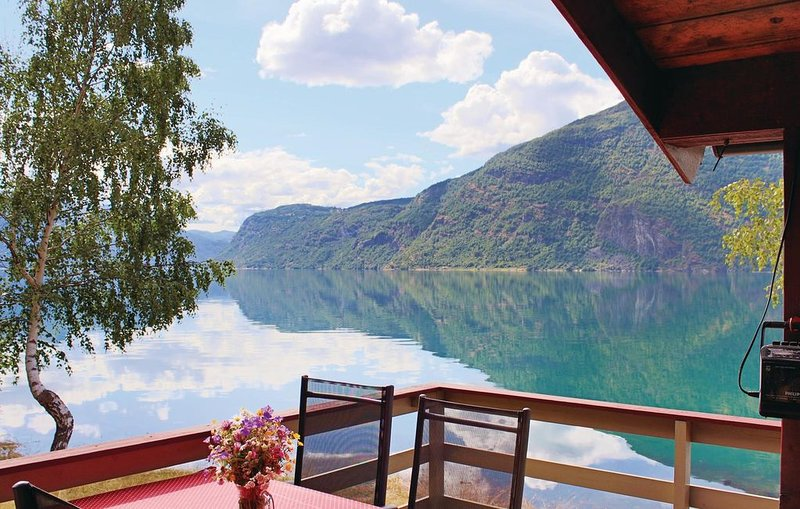 2 bedroom accommodation in Skjolden, location de vacances à Sogn og Fjordane