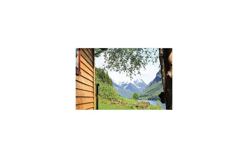 3 bedroom accommodation in Fjærland, location de vacances à Hermansverk
