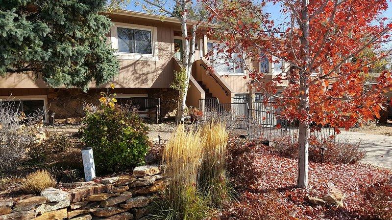 Colorado Comfort 4U at BingHaus!, holiday rental in Cimarron Hills