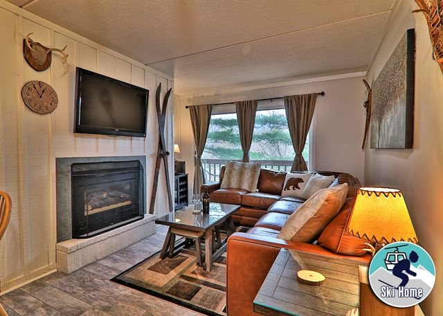 Centrally located inthe heart of Killington w/shuttle/Ski home Whiffletree I6, location de vacances à Killington